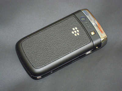 blackberry 9700 2.jpg